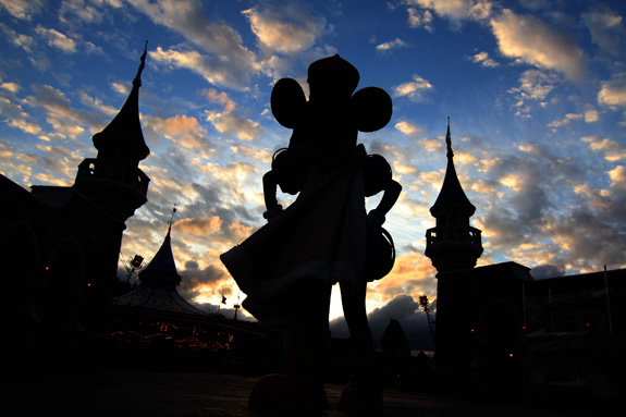 Dozens of families attempting to sue Disney over changes to the disability access policy at its theme parks cannot proceed collectively, a federal judge has ruled. (Joe Burbank/Orlando Sentinel/MCT)